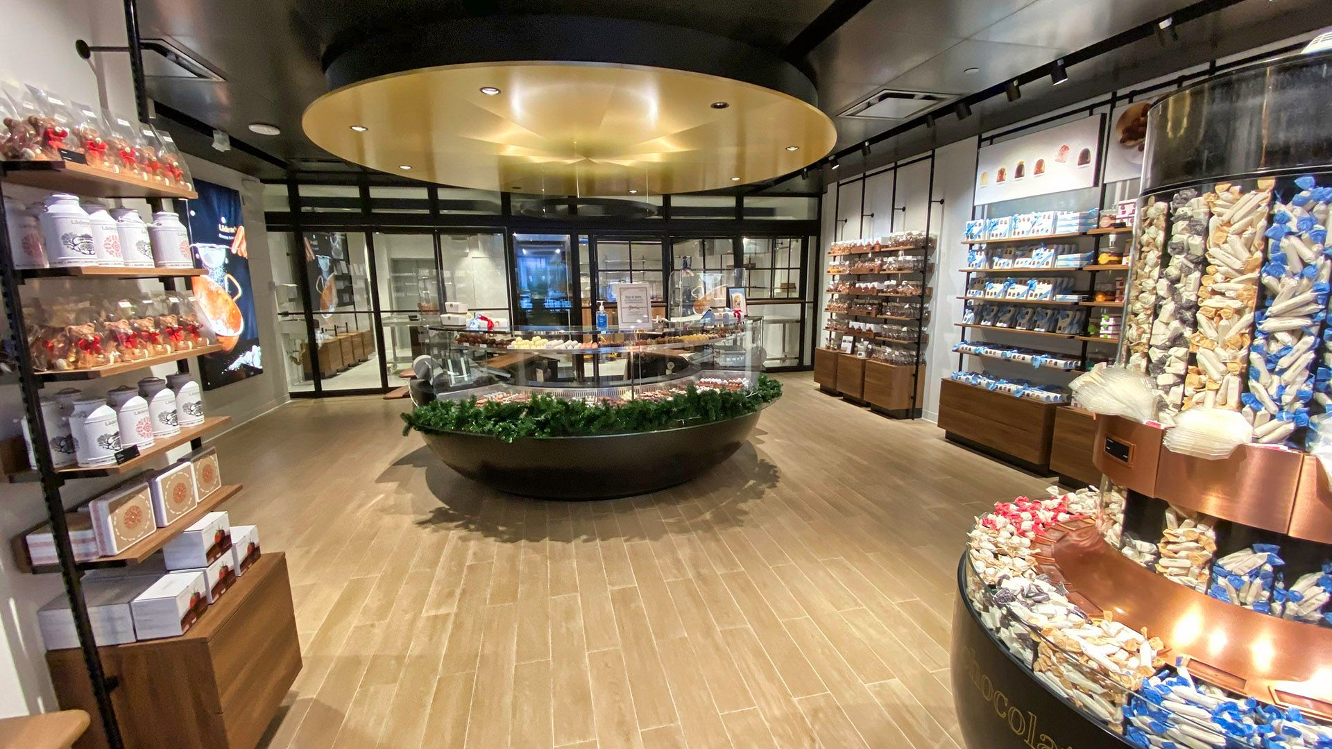 Läderach Opens NYC Flagship Location