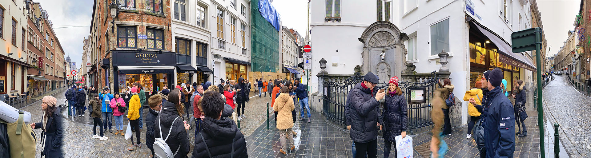 02-Brussels-MannekinPisPano